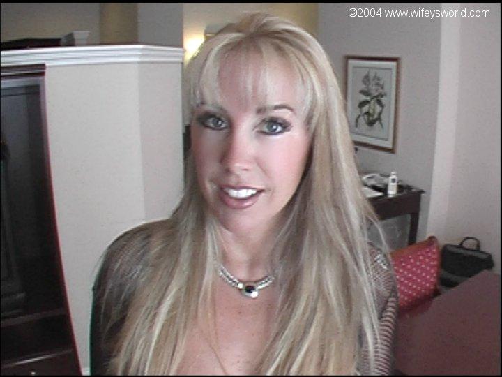 Merideth viera porn look-alike